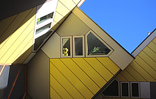 Netherlands, Zuid-Holland, Rotterdam, cubical houses by architect Piet Blom on the Blaak, - 13092-1040-1
